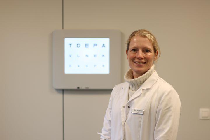 Dr Katrien Denys
