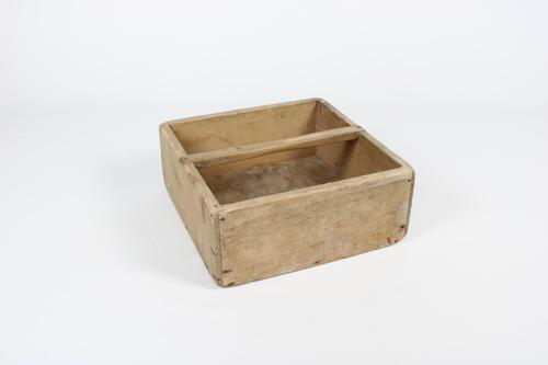 thumbnails bij product oude houten draagmand
