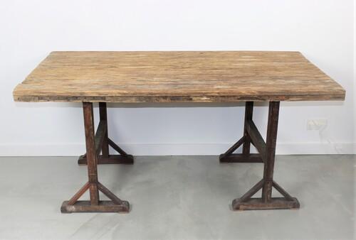 thumbnails bij product old wooden door as industrial table