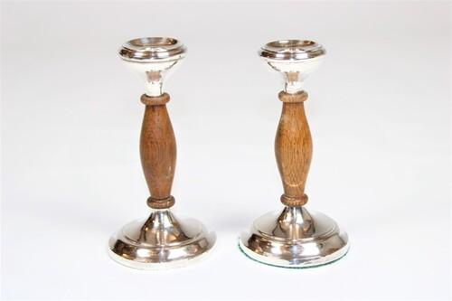 thumbnails bij product oude Engelse zilveren kandelaars