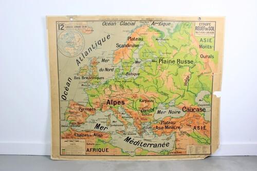 thumbnails bij product Oude schoolkaart van Europa, 2 bedrukte zijden