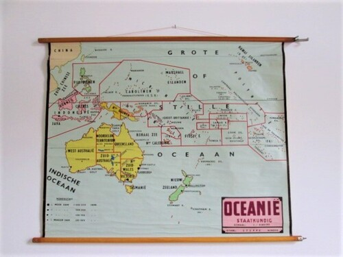 thumbnails bij product old school map of Oceania - Australia