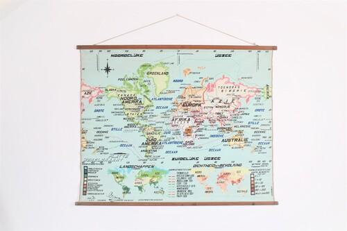 thumbnails bij product carte scolaire du monde