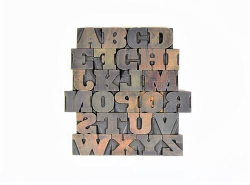 thumbnails bij product Oude houten drukletters