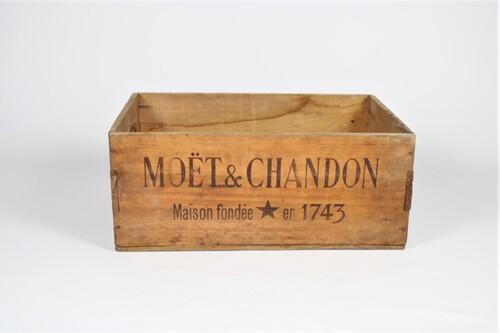 thumbnails bij product caisse en bois Moët & Chandon