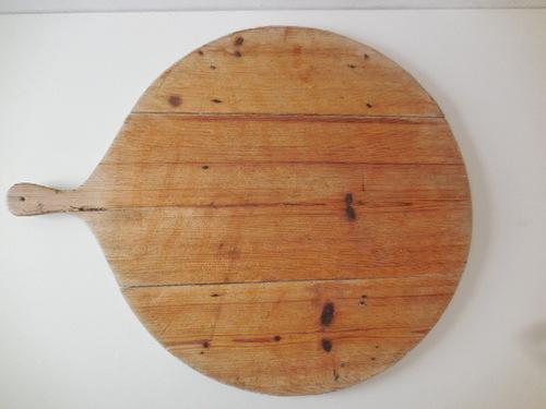 thumbnails bij product Grote ronde doorleefde houten plank