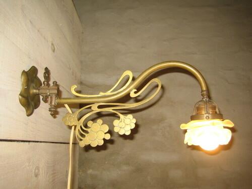 thumbnails bij product Art Nouveau lamp met bloemenglas