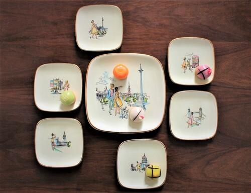 thumbnails bij product Vintage dessertbordjes, jaren