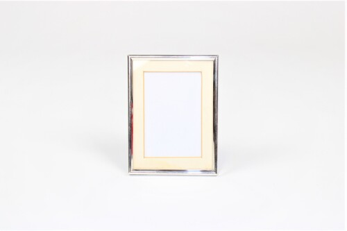 thumbnails bij product Silver photo frame, 1973