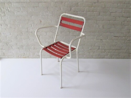 thumbnails bij product vintage Tolix chairs