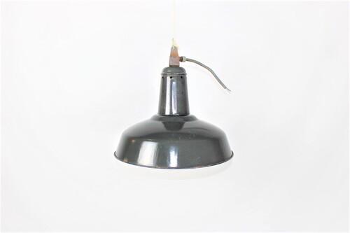 thumbnails bij product grote zwarte industriële lamp