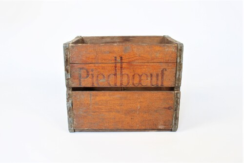 thumbnails bij product old wooden crate Piedboeuf, 1961