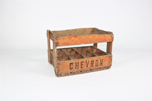 thumbnails bij product Old wooden box of Chevron