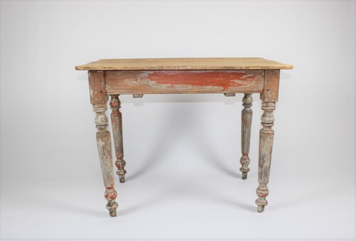 thumbnails bij product old wooden table