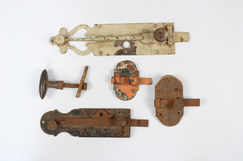 thumbnails bij product a lot old door latches