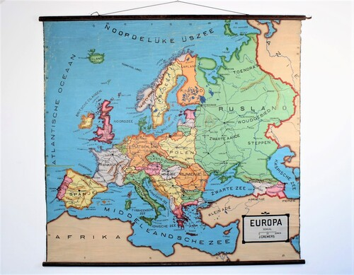 thumbnails bij product Very old map of Europa, 30