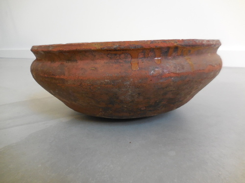 thumbnails bij product very old stoneware bowl