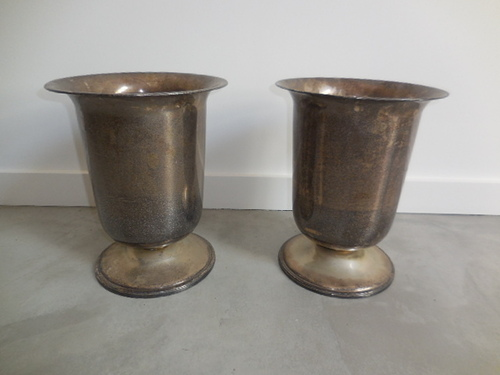 thumbnails bij product two big old silver plated vases