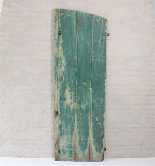 thumbnails bij product Un volet ancien en bois