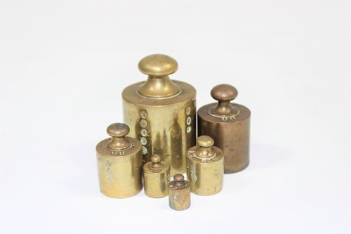 thumbnails bij product old copper weights