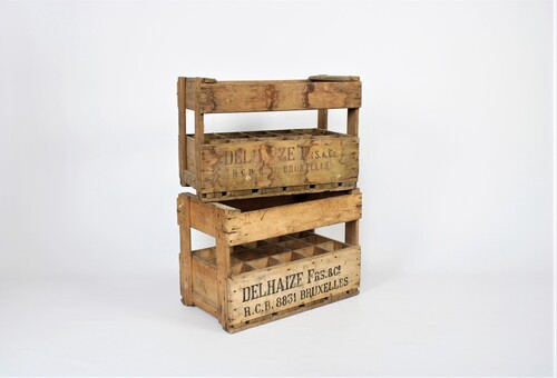 thumbnails bij product Old wooden crate of Delhaize Frères