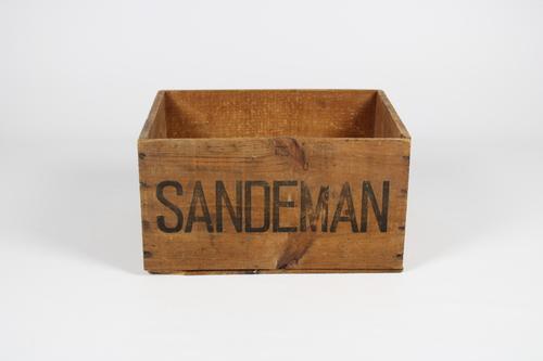 thumbnails bij product oude houten kist Sandeman