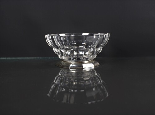thumbnails bij product old crystal bowl on silver stand