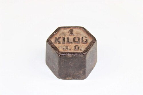 thumbnails bij product Old hexagonal weight of 1 kilogram