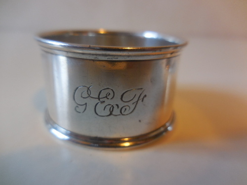 thumbnails bij product silver napkin ring, inscription GEF