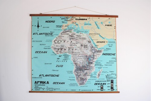 thumbnails bij product Old wall map of Africa