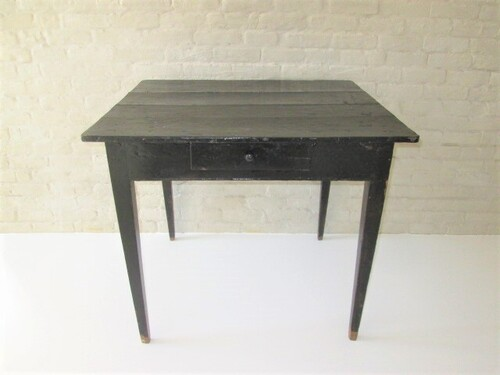 thumbnails bij product old wooden table painted in black