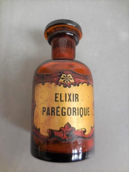 thumbnails bij product anciennes bouteilles de pharmacie