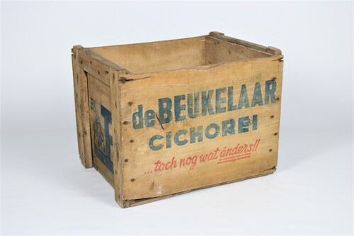 thumbnails bij product Old crate of
