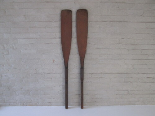 thumbnails bij product old wooden oars