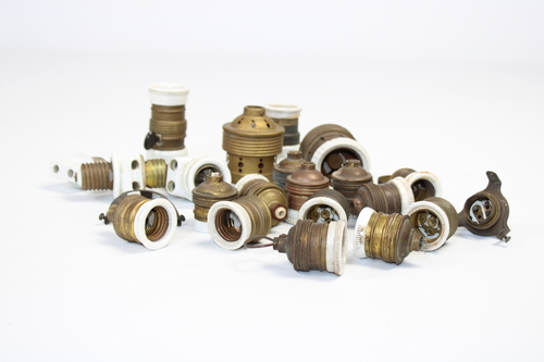 thumbnails bij product old lamp sockets