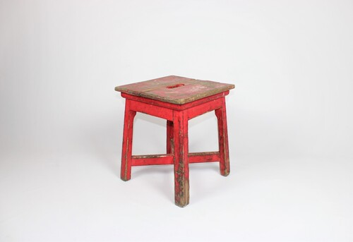thumbnails bij product old wooden stool