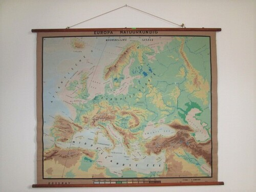 thumbnails bij product old school map of Europe