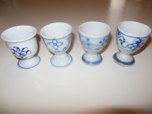 thumbnails bij product 4 egg cups in porcelain