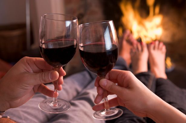 foto bij artikel Ontspant wijn terwijl bier het zelfvertrouwen opkrikt?